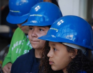 Mini Engineers at the Network for Earthquake Engineering Simulation (NEES)