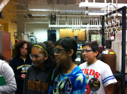 DaVinci Camp scholars take a closer look at the work of the researchers at the one of the polymer labs in the Chemistry Department at UC Berkeley.