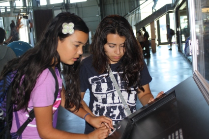 At the Exploratorium, DaVinci Camp scholars and staff have the opportunity to learn hands on about how cool science is!